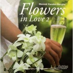 LIBRO FLOWERS IN LOVE 2